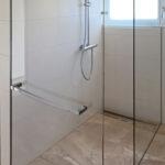 Glastrennwnde Duschtrennwnde Aus Klarglas Auch Showerguard Glas Thermostat Dusche Schulte Duschen Bidet Mischbatterie Glaswand Ebenerdige Antirutschmatte Dusche Glaswand Dusche