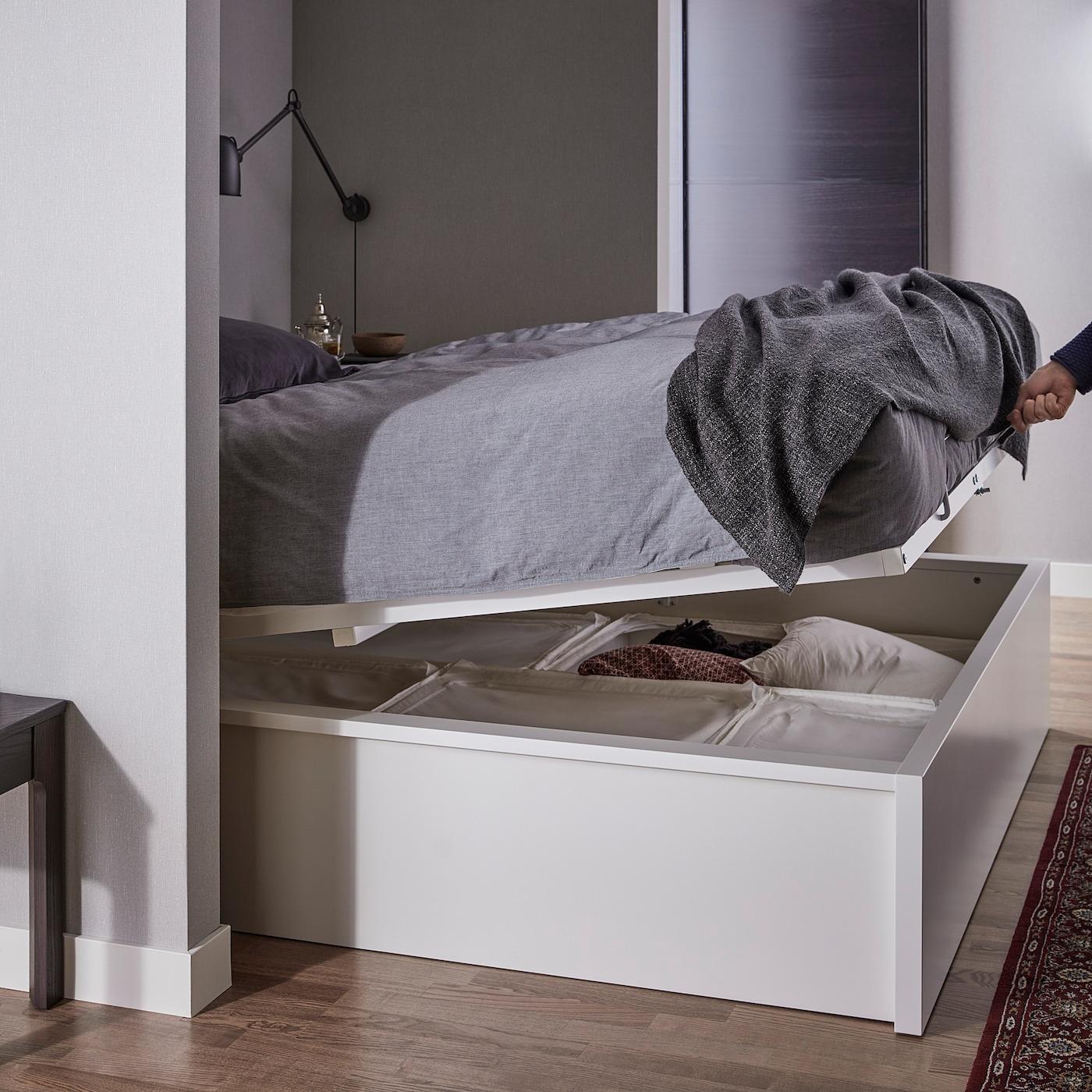 Full Size of Bett Mit Stauraum Ikea Selber Bauen Diy 90x200 140x200 160x200 180x200 Hack 120x200 Betten Viel Malm Bettgestell Aufbewahrung Wei Deutschland Rutsche Ohne Wohnzimmer Bett Mit Stauraum Ikea