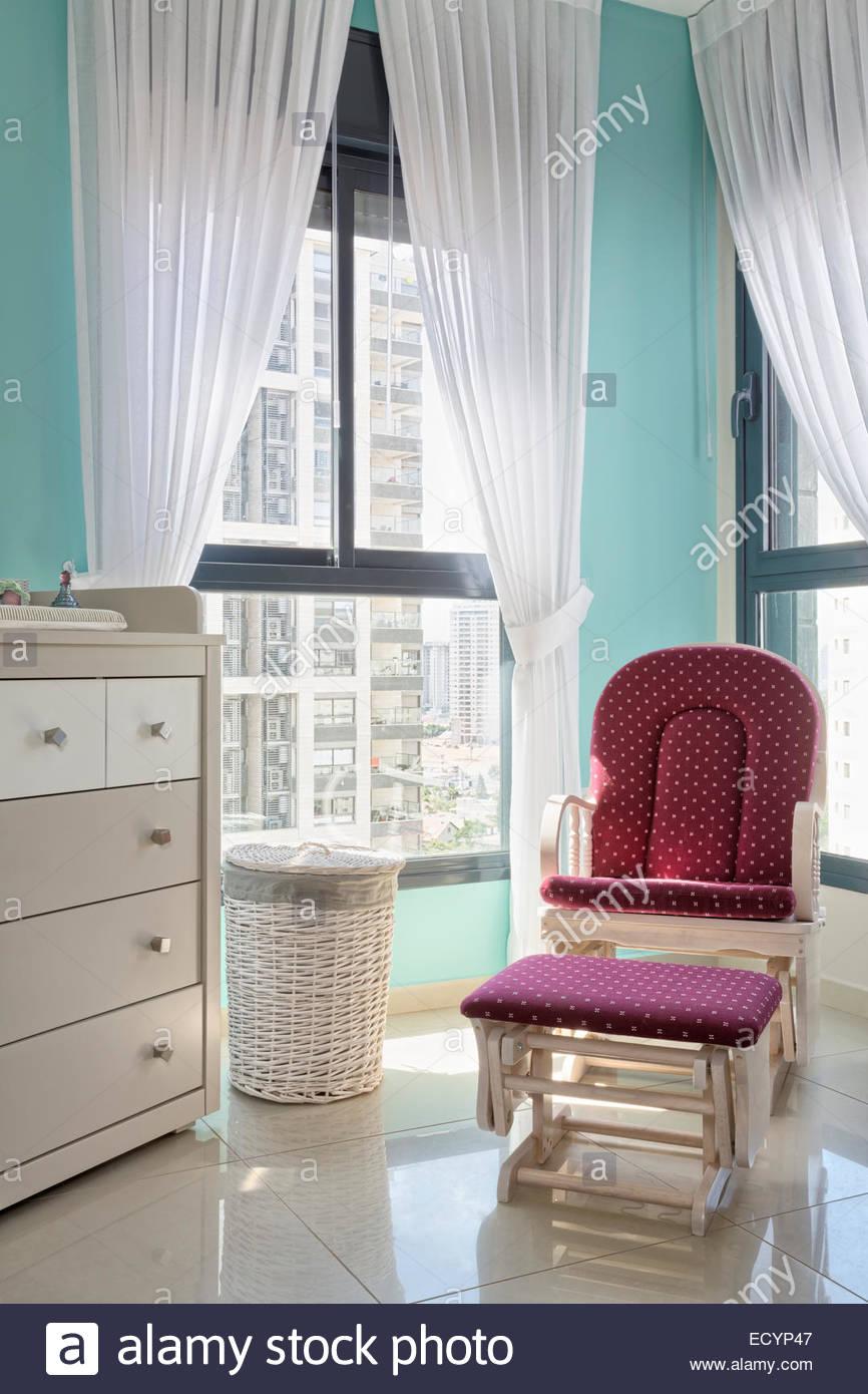 Full Size of Kinderzimmer Vorhang Fr Baby Fenster Mit Stockfoto Regal Wohnzimmer Weiß Küche Regale Sofa Bad Kinderzimmer Kinderzimmer Vorhang