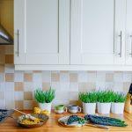 Schne Kchenrckwnde 4 Alternativen Zum Fliesenspiegel Bad Renovieren Ideen Wohnzimmer Tapeten Wohnzimmer Küchenrückwand Ideen
