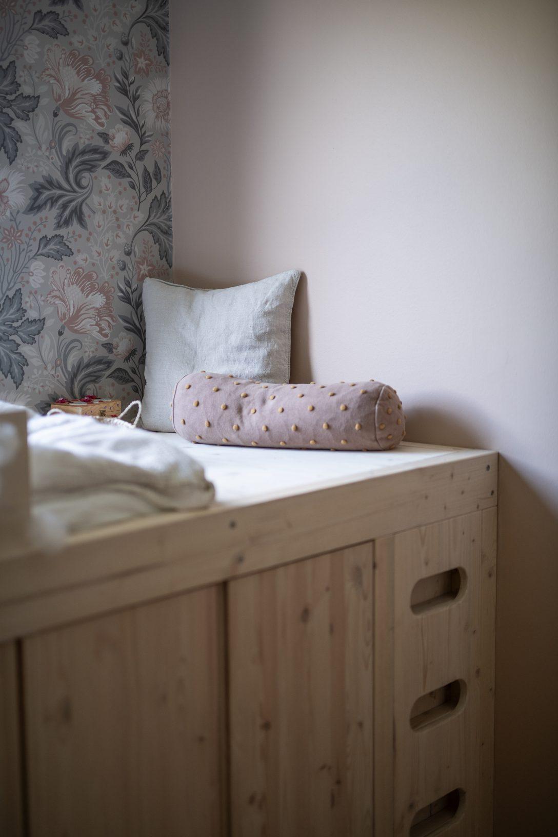 Large Size of Diy Ein Bett Aus Ivar Schrnken Paletten Kaufen Betten Für übergewichtige 180x200 Französische Liegehöhe 60 Cm Chesterfield Coole Somnus Mädchen 120 Breit Wohnzimmer Diy Bett