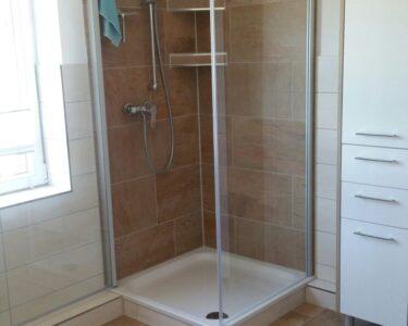 Moderne Duschen Dusche Moderne Bodengleiche Duschen Begehbare Fliesen Ebenerdig Kleine Gemauert Badezimmer Gefliest Eck Sind Eine Sehr Gute Variante Fr Einen Modernen Look Sprinz