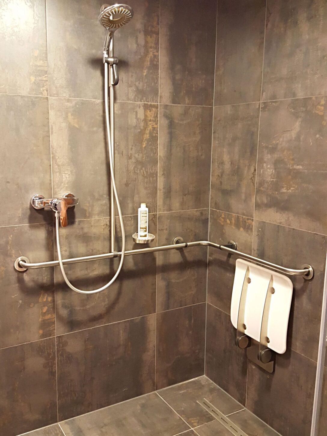 Large Size of Behindertengerechte Dusche Behindertengerechtes Bad Hsk Duschen Grohe Begehbare Ohne Tür Komplett Set Ebenerdig Haltegriff Ebenerdige Kosten Hüppe Küche Dusche Behindertengerechte Dusche