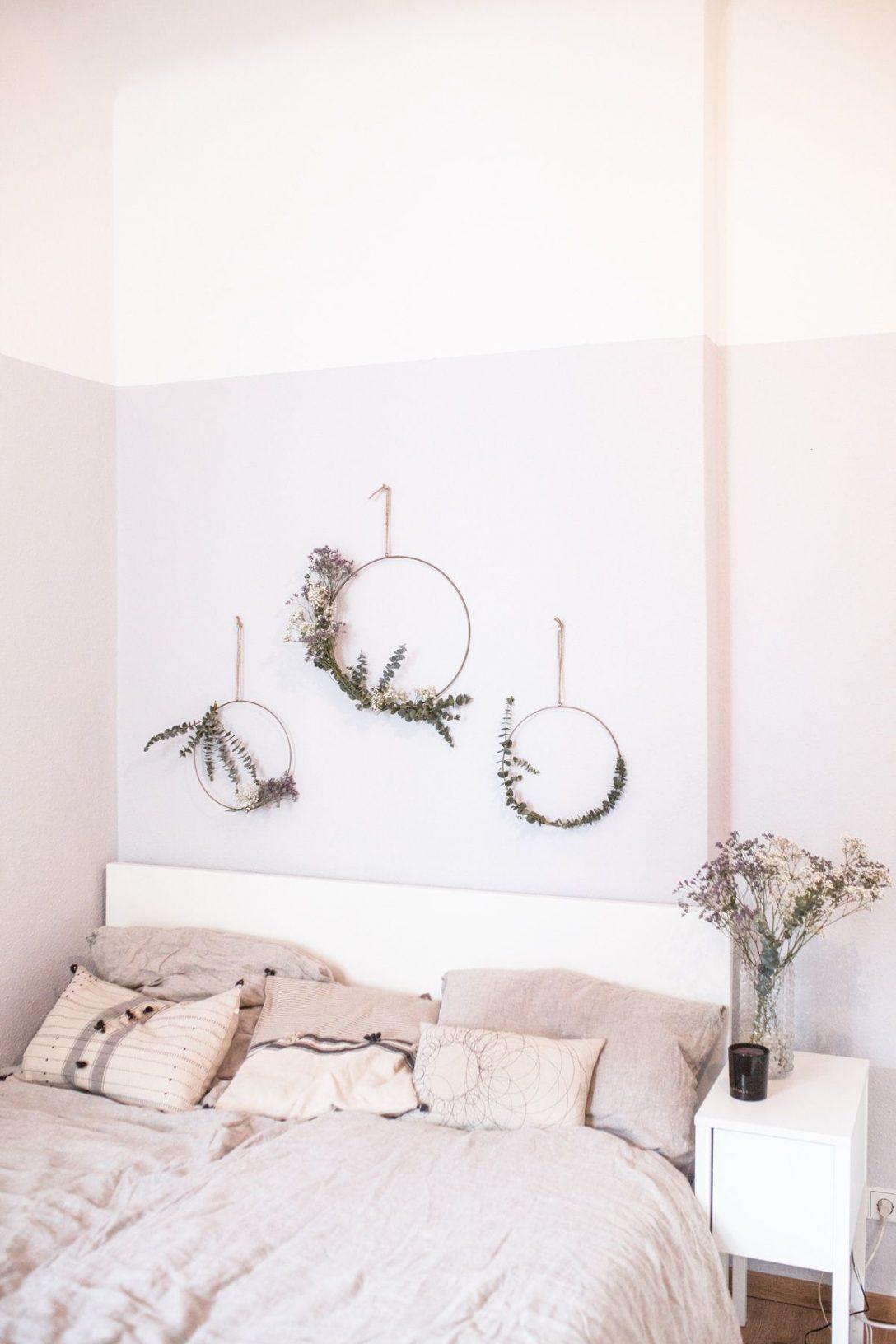 Large Size of Dekoration Schlafzimmer Diy Eukalyptus Kranz Wanddeko Ideen Günstige Rauch Deckenlampe Landhausstil Romantische Fototapete Deckenleuchten Tapeten Komplett Wohnzimmer Dekoration Schlafzimmer