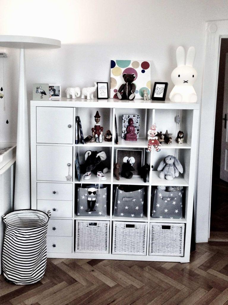 Full Size of Raumteiler Kinderzimmer Regal An Der Wand Genial Vianova Project Sofa Regale Weiß Kinderzimmer Raumteiler Kinderzimmer