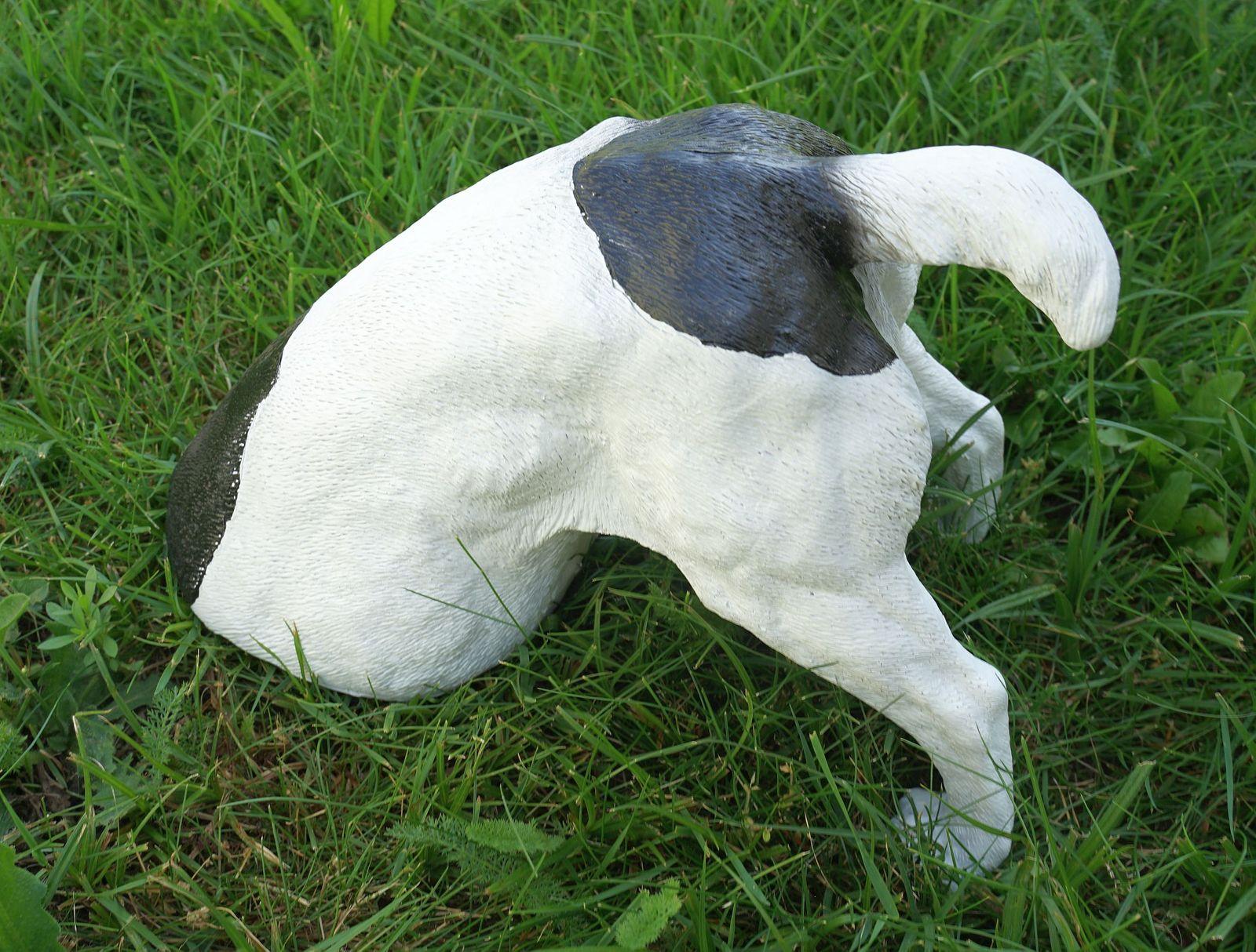 Full Size of Skulpturen Für Den Garten Farmwood Gartenfigur Hund Grabend 25 Cm Figur Skulptur Dog Loungemöbel Günstig Pergola Kleines Regal Mit Schubladen Schaukelstuhl Wohnzimmer Skulpturen Für Den Garten