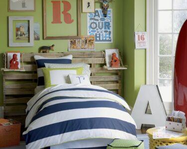 Kinderzimmer Jungen Kinderzimmer Kinderzimmer Jungen Fr Sind Natrlich Grn Berlinfreckles Sofa Regale Regal Weiß