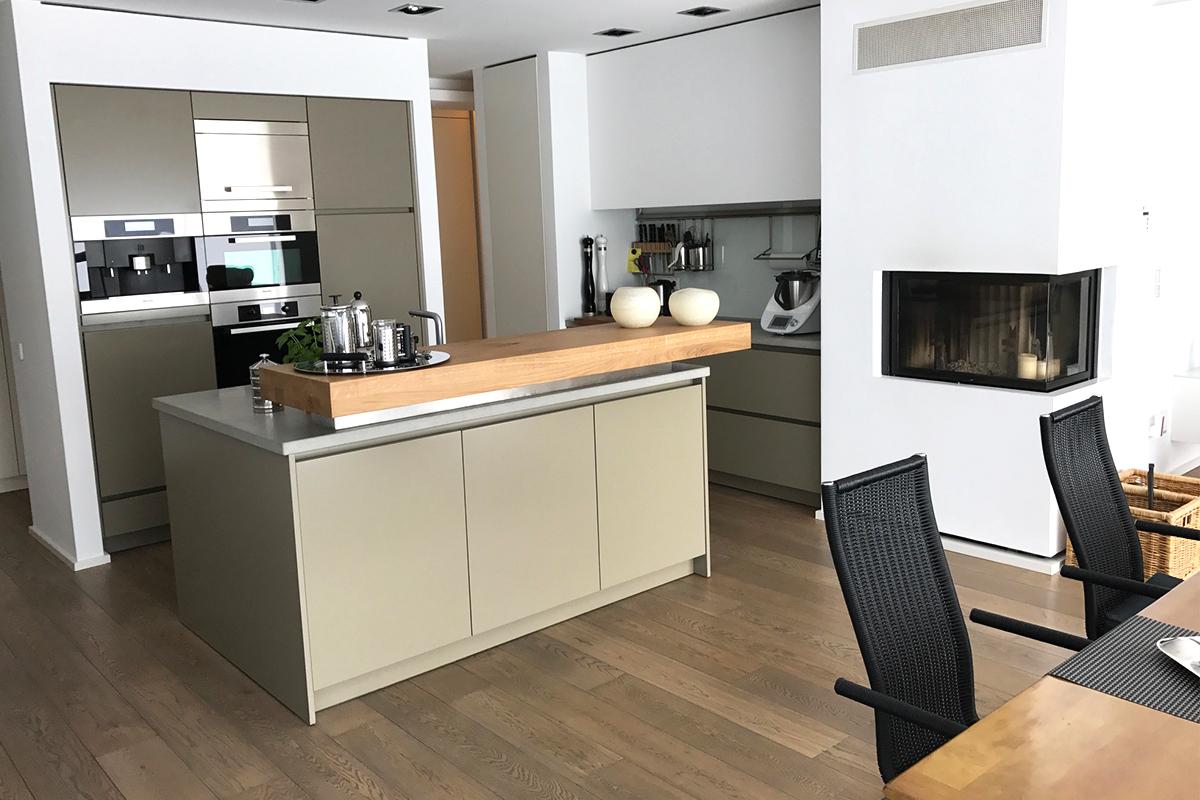 Full Size of Kchentheke Und Couchtisch Donnerblitz Design Wohnzimmer Küchentheke