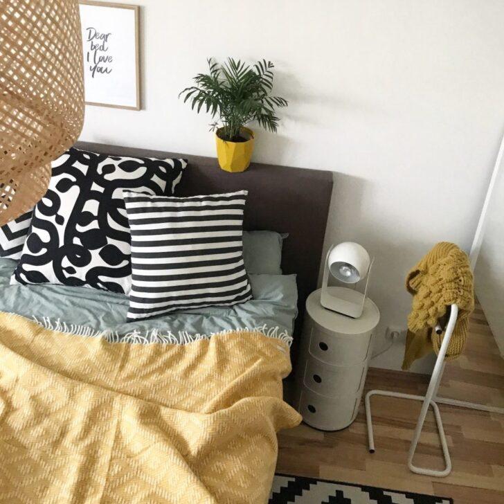 Medium Size of Schlafzimmer Deko In Der Trendfarbe Senf Gelb Landhausstil Weiß Set Badezimmer Komplette Schimmel Im Eckschrank Loddenkemper Für Küche Deckenleuchte Modern Wohnzimmer Schlafzimmer Deko