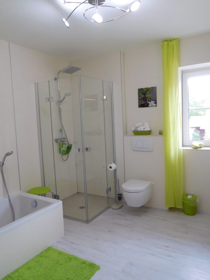 Medium Size of Viterma Hat Bei Familie Petz Eine Komplettbadsanierung Ebenerdige Dusche Schulte Duschen Werksverkauf Moderne Bodengleiche Eckeinstieg Begehbare Fliesen Dusche Ebenerdige Dusche
