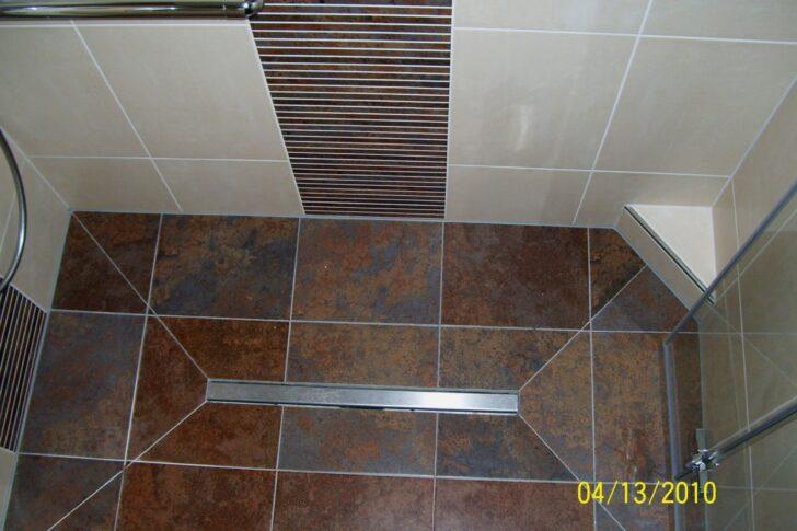 Medium Size of Thermostat Dusche Nischentür Bodengleiche Ebenerdig Siphon Ebenerdige Pendeltür Einbauen Begehbare Fliesen Für Glaswand Badewanne Mit Tür Und Hsk Duschen Dusche Dusche Ebenerdig