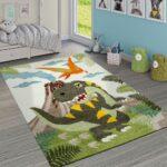 Kinderzimmer Für Jungs Teppich Dinosaurier Dschungel Teppichde Such Frau Fürs Bett Deckenlampen Wohnzimmer Küche Fliesen Körbe Badezimmer Tagesdecken Kinderzimmer Kinderzimmer Für Jungs