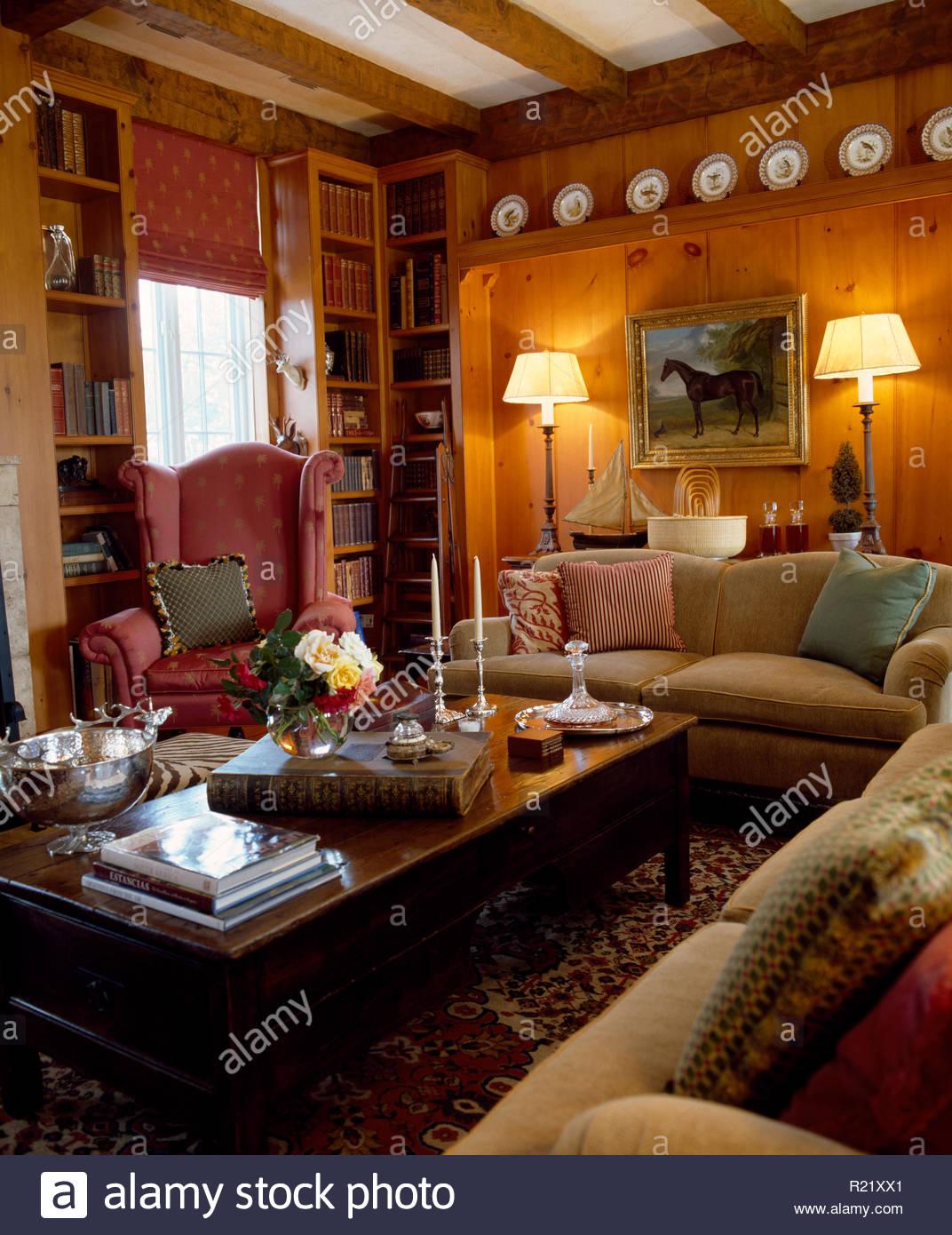 Full Size of Brennenden Lampen Und Holz Couchtisch Im Wohnzimmer Led Deckenleuchte Badezimmer Stehlampen Deckenlampen Teppiche Board Landhausstil Kamin Teppich Wohnzimmer Lampen Wohnzimmer