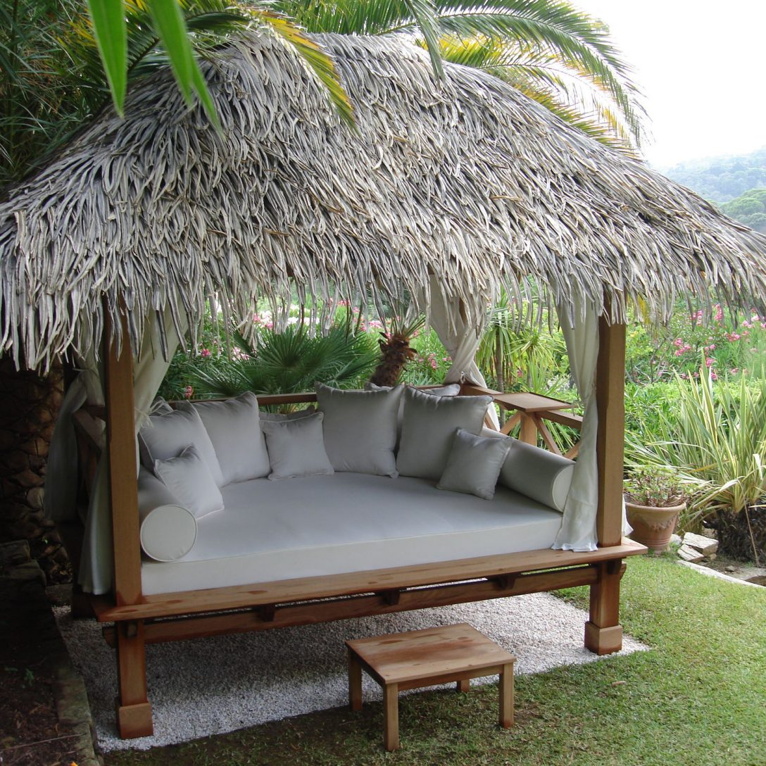 Large Size of Outdoor Table Better Homes And Gardens Betty Barclay Jacket Bett Hund Beetles String Lights Furniture Pests Common Betten Rugs Betta Pond Coats Garden Flying Wohnzimmer Outdoor Bett