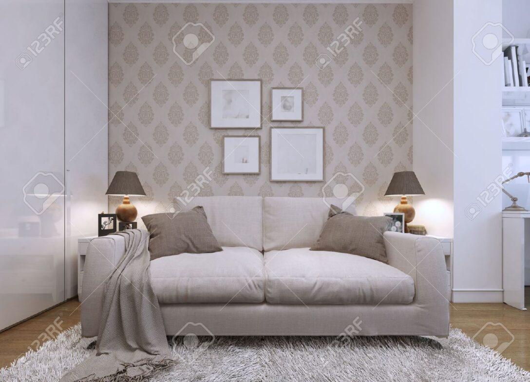 Large Size of Beige Sofa Im Wohnzimmer In Einem Stil Tapeten An Hängeleuchte Fototapeten Gardinen Für Relaxliege Led Lampen Sessel Hängeschrank Weiß Hochglanz Wohnzimmer Tapete Wohnzimmer