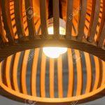 Holzlampe Decke Wohnzimmer Holzlampe Close Up Mit Glhbirne Retro Küche Wohnzimmer Schlafzimmer Esstisch Im Bad Led Für Betten Bett