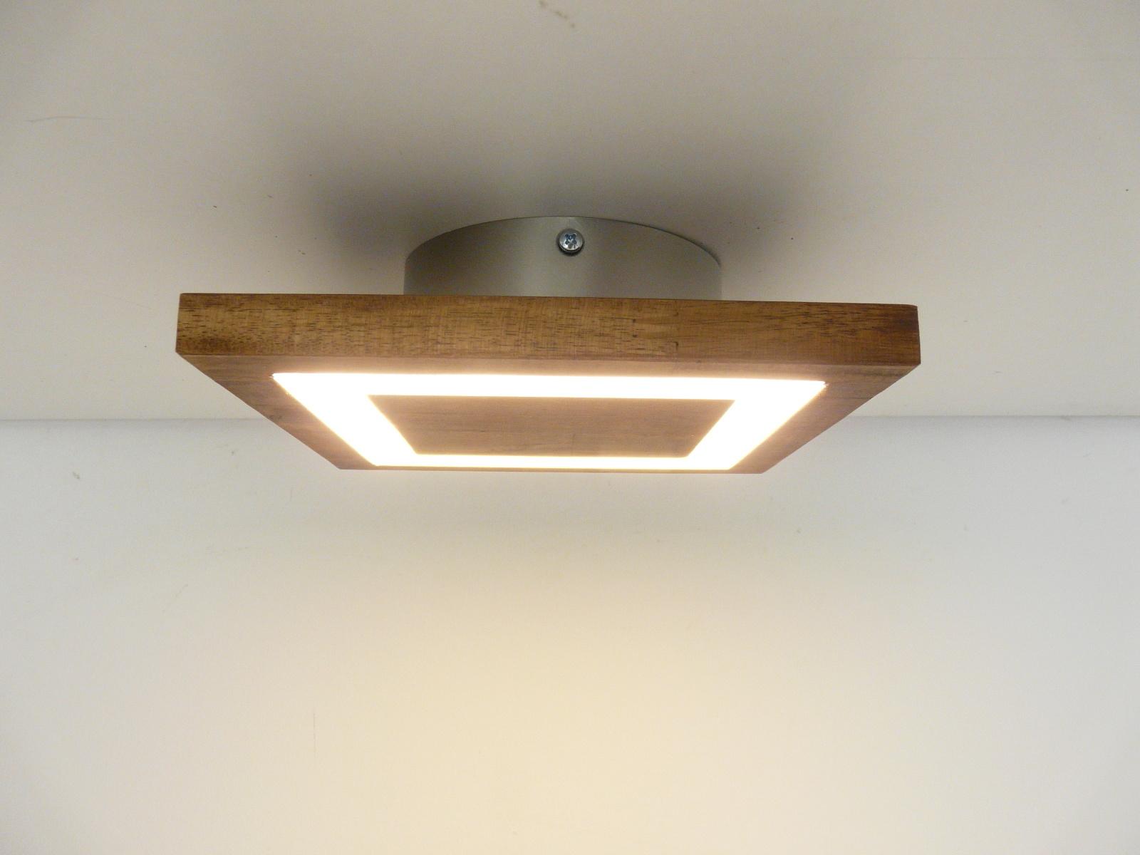 Full Size of Led Deckenlampe Dimmbar Holz Lampe Selbst Bauen Aus Selber Machen Holzbalken Deckenleuchte Rustikal Rund Deckenleuchten Peka Ideen Massivholz Betten Fliesen In Wohnzimmer Deckenlampe Holz