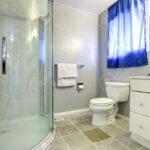 Glastür Dusche Interieur Mit Glastr Und Wei Nachträglich Einbauen Rainshower Antirutschmatte Sprinz Duschen Begehbare Ohne Tür Grohe Thermostat Kaufen Dusche Glastür Dusche