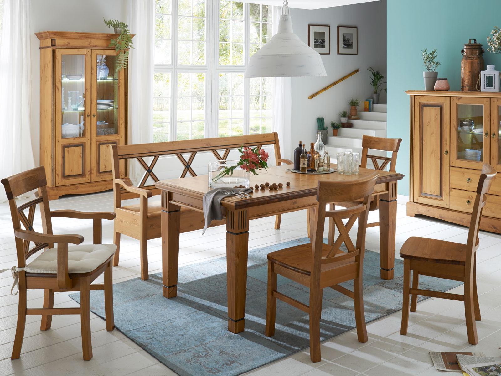 Full Size of Esstischstühle Esstisch Oval Weiß Bogenlampe Lampen Esstische Rund Mit Stühlen Massiv Ausziehbar Vintage Holzplatte Altholz Massivholz Deckenlampe Sofa Esstische Stühle Esstisch