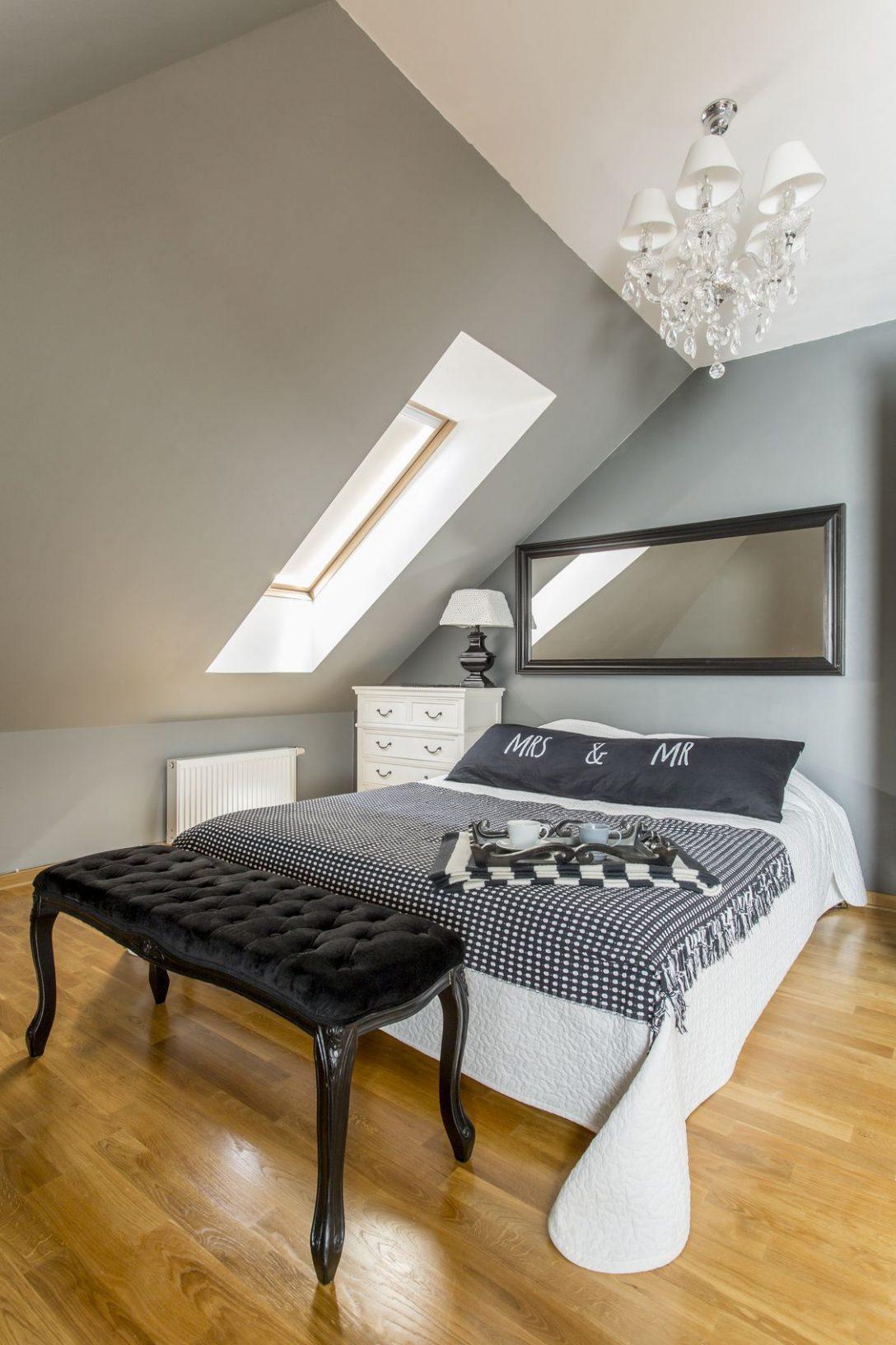 Large Size of Dachschrgen Gestalten Mit Diesen 6 Tipps Richtet Ihr Euer Schlafzimmer Schränke Deckenleuchte Eckschrank Fototapete Schimmel Im Modern Komplett Weiß Wohnzimmer Schlafzimmer Gestalten