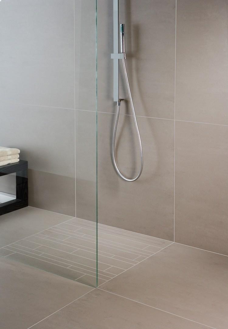Full Size of Ebenerdige Dusche In 55 Attraktiven Modernen Badezimmern Glasabtrennung Begehbare Fliesen Schiebetür Bodengleiche Duschen Nachträglich Einbauen Thermostat Dusche Ebenerdige Dusche