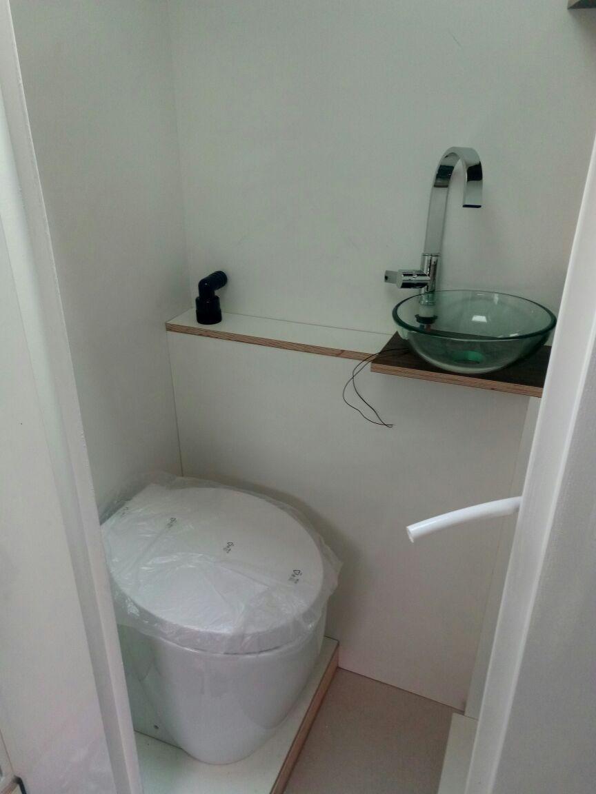 Full Size of Bidet Dusche Toilette Mit Funktion Ist Im Eingangsbereich Anal Barrierefreie Einbauen Einhebelmischer Fliesen Für Unterputz Badewanne Tür Und Begehbare Dusche Bidet Dusche