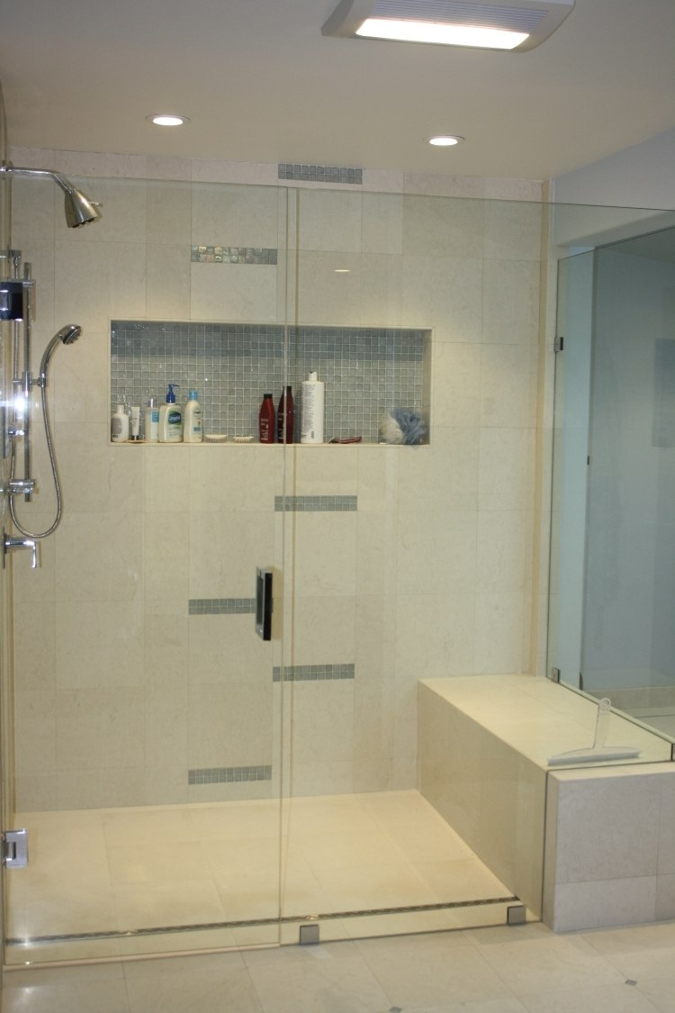 Full Size of Ebenerdige Dusche In 55 Attraktiven Modernen Badezimmern Begehbare Duschen Mischbatterie Komplett Set Bodengleiche Einbauen Glastrennwand Siphon Unterputz Dusche Ebenerdige Dusche