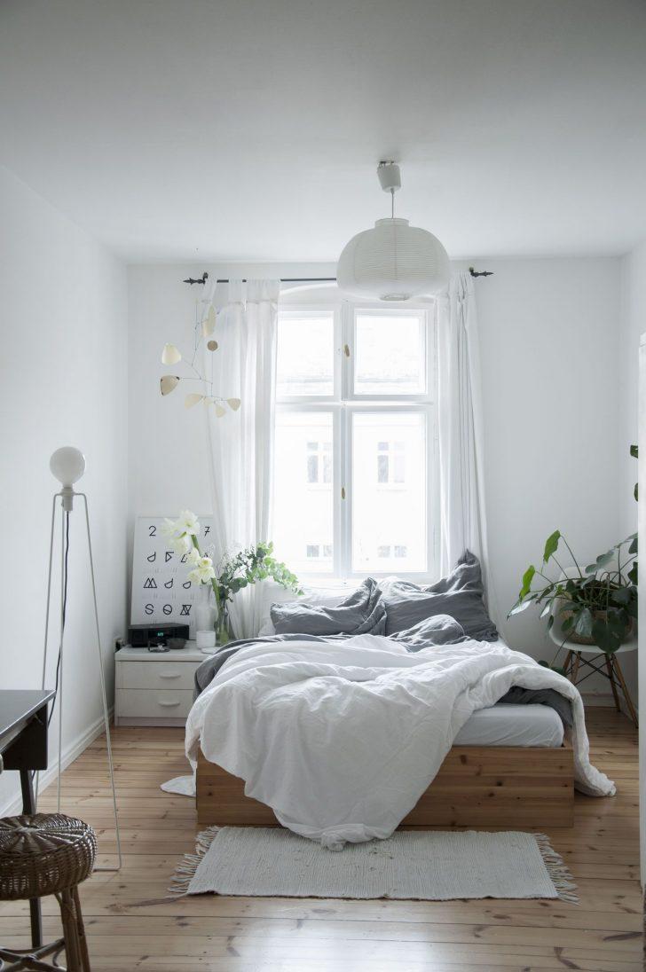 Medium Size of Schlafzimmer Ideen Kleine Einrichten Gestalten Schranksysteme Vorhänge Stehlampe Komplett Guenstig Landhausstil Deckenleuchte Modern Set Günstige Kommode Wohnzimmer Schlafzimmer Ideen