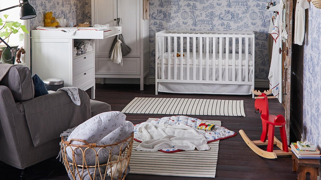Full Size of Regal Babyzimmer Babymbel Fr Dein Zuhause Ikea Deutschland Tv 60 Cm Breit Industrie Dvd Regale Aus Weinkisten Raumtrenner Flexa Raumteiler Kanban Ahorn Kiefer Regal Regal Babyzimmer