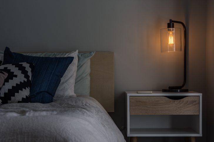 Schlafzimmer Gestalten Tipps Und Ideen Rund Um Plaunung Frs Landhaus Regal Landhausstil Wandlampe Led Deckenleuchte Truhe Deckenlampe Tapeten Rauch Komplett Wohnzimmer Schlafzimmer Gestalten