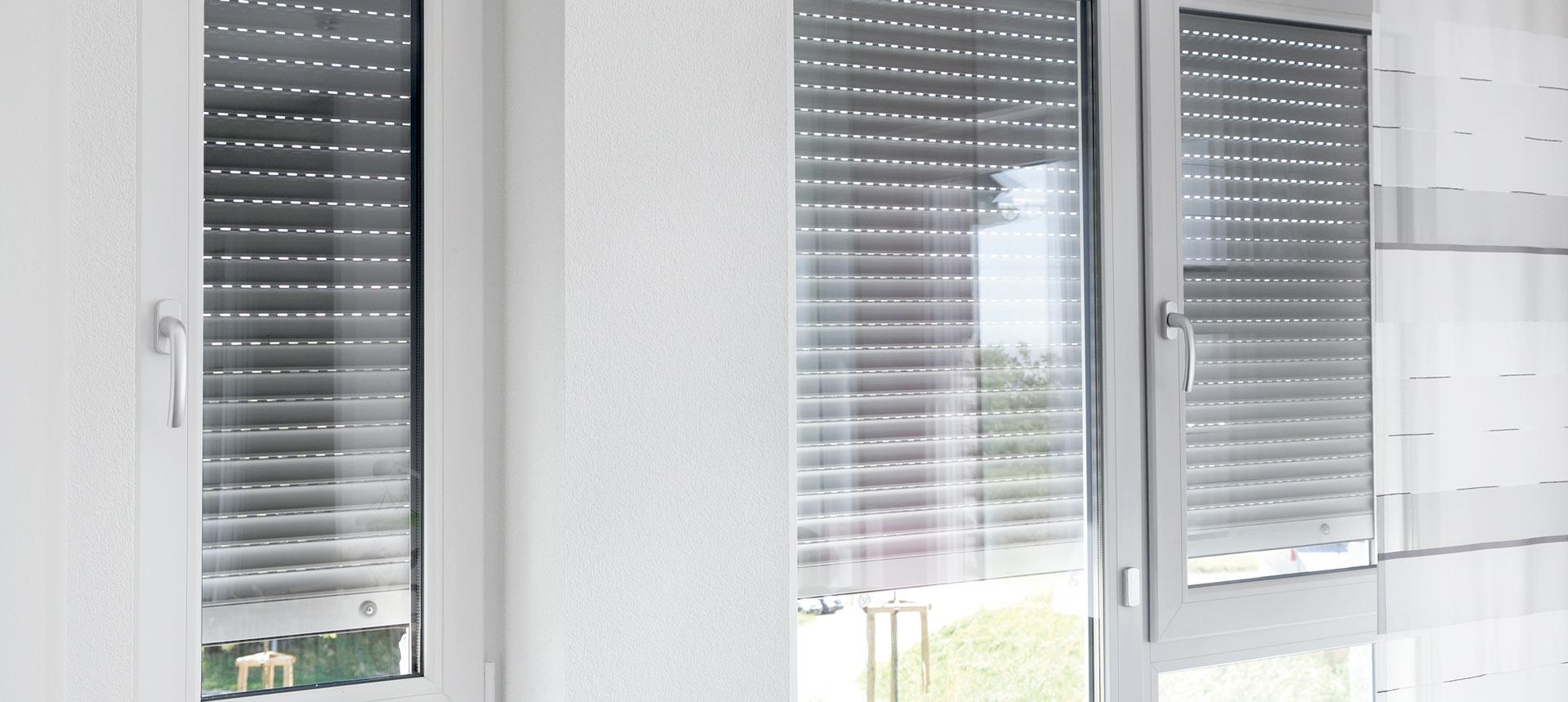 Full Size of Fensterrollo Innen Langlebigkeit Von Rollladengetrieben Sonnenschutz Fenster Jalousie Sonnenschutzfolie Küche Gewinnen Jalousien Sprüche T Shirt Wohnzimmer Fensterrollo Innen