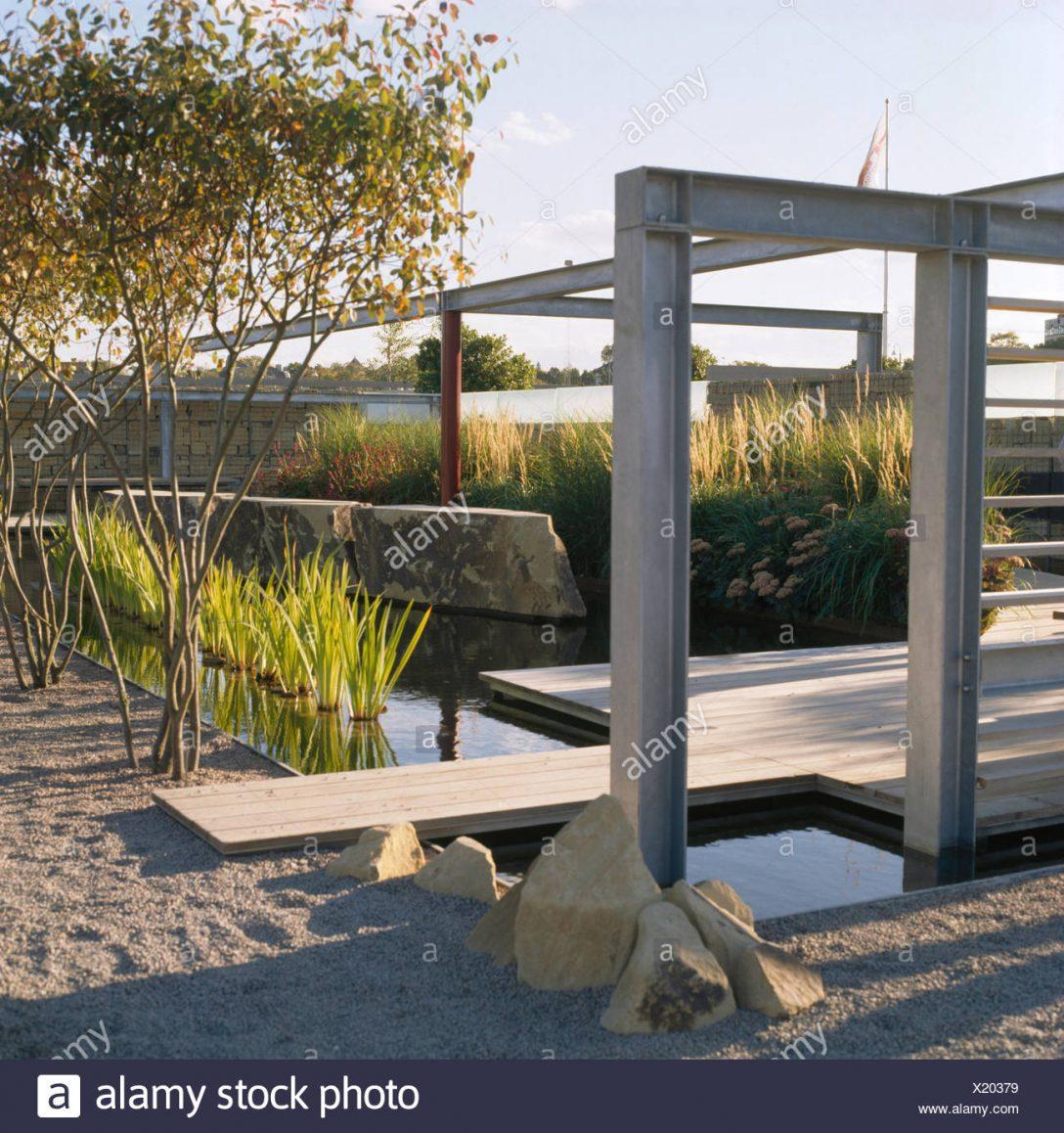 Large Size of Metall Pergola Und Holzterrassen In Architektonischen Garten Mit Regale Regal Weiß Bett Wohnzimmer Pergola Metall