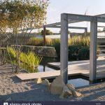 Pergola Metall Wohnzimmer Metall Pergola Und Holzterrassen In Architektonischen Garten Mit Regale Regal Weiß Bett