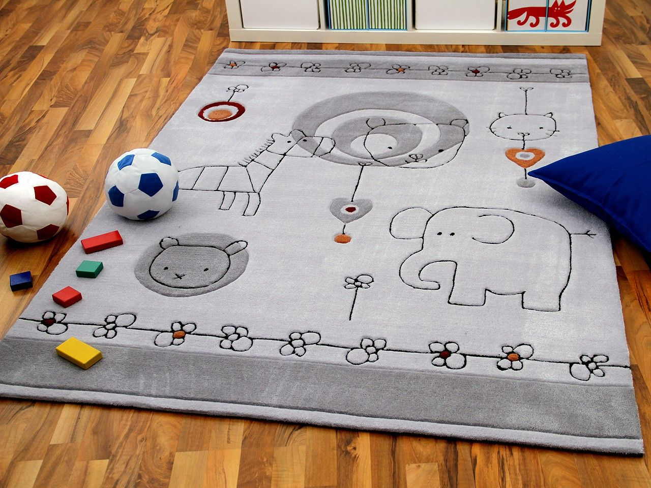 Full Size of Teppichboden Kinderzimmer Teppich Grau Neu Regale Regal Sofa Weiß Kinderzimmer Teppichboden Kinderzimmer