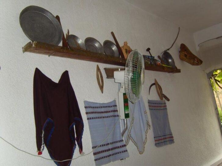 Medium Size of Küchenwand Bild Kchenwand In Einem Dorfhaus Zu Ausflug Das Andere Wohnzimmer Küchenwand