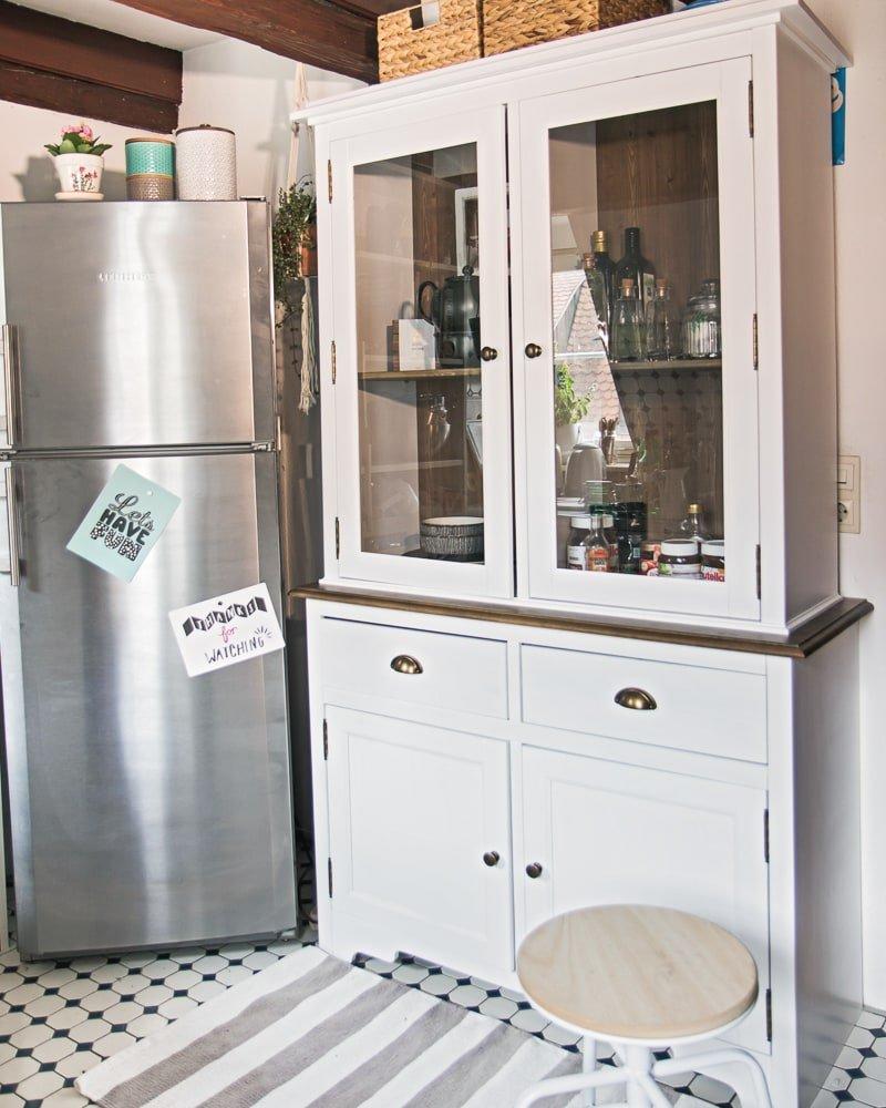 Full Size of Apothekerschrank Küche Kaufen Mit Elektrogeräten Tapeten Für Theke Eckküche Nischenrückwand Mischbatterie Gewinnen Alno Waschbecken Beistellregal Wohnzimmer Küche Diy