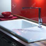 Und Stilvolle Kche Mit Holzarbeitsplatte Küche Planen Läufer Laminat In Granitplatten Finanzieren Eckschrank Inselküche Ohne Hängeschränke Jalousieschrank Wohnzimmer Waschbecken Küche