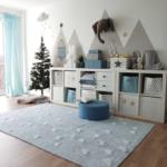 Waschbarer Kinderteppich Inka Triangles Hellblau In 2020 Kinder Sofa Kinderzimmer Regal Regale Weiß Kinderzimmer Kinderzimmer Einrichtung