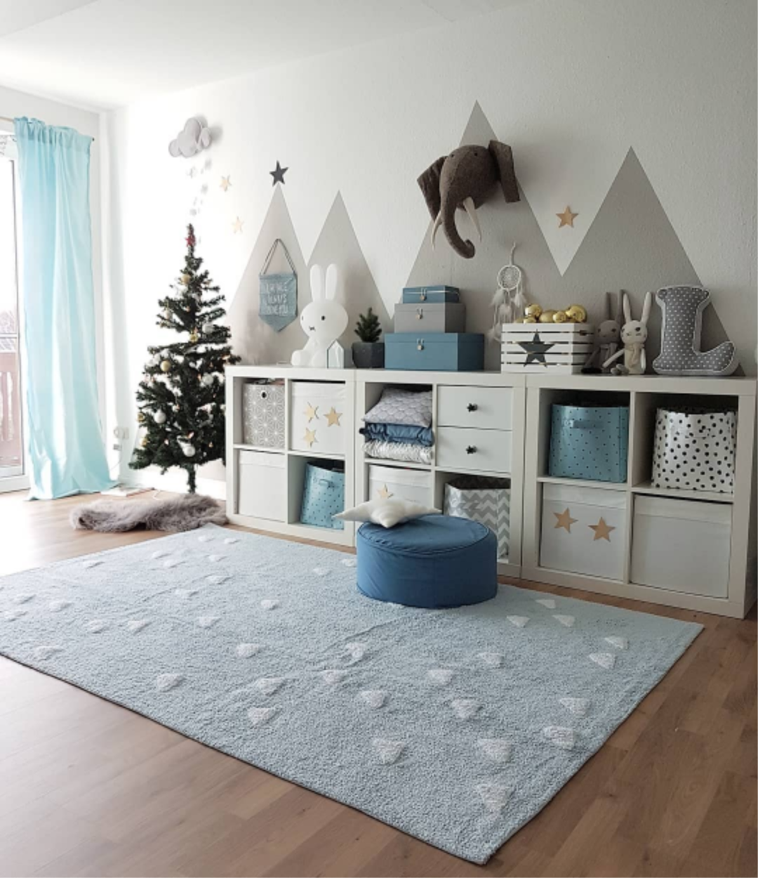 Full Size of Waschbarer Kinderteppich Inka Triangles Hellblau In 2020 Kinder Sofa Kinderzimmer Regal Regale Weiß Kinderzimmer Kinderzimmer Einrichtung