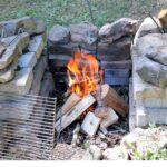 Grillstelle Garten Einen Grillplatz Im Selber Bauen Versicherung Gewächshaus Feuerstelle Paravent Loungemöbel Holz Lounge Möbel Spielhäuser Lärmschutz Wohnzimmer Grillstelle Garten
