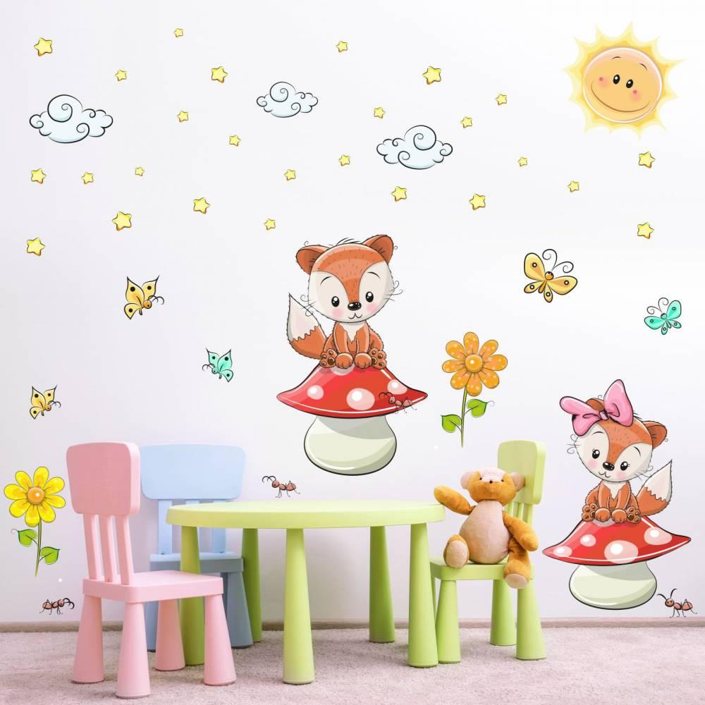 Full Size of 001 Wandtattoo Fchse Auf Pilz Kinderzimmer Sticker Sofa Regal Regale Weiß Wanddeko Küche Kinderzimmer Kinderzimmer Wanddeko