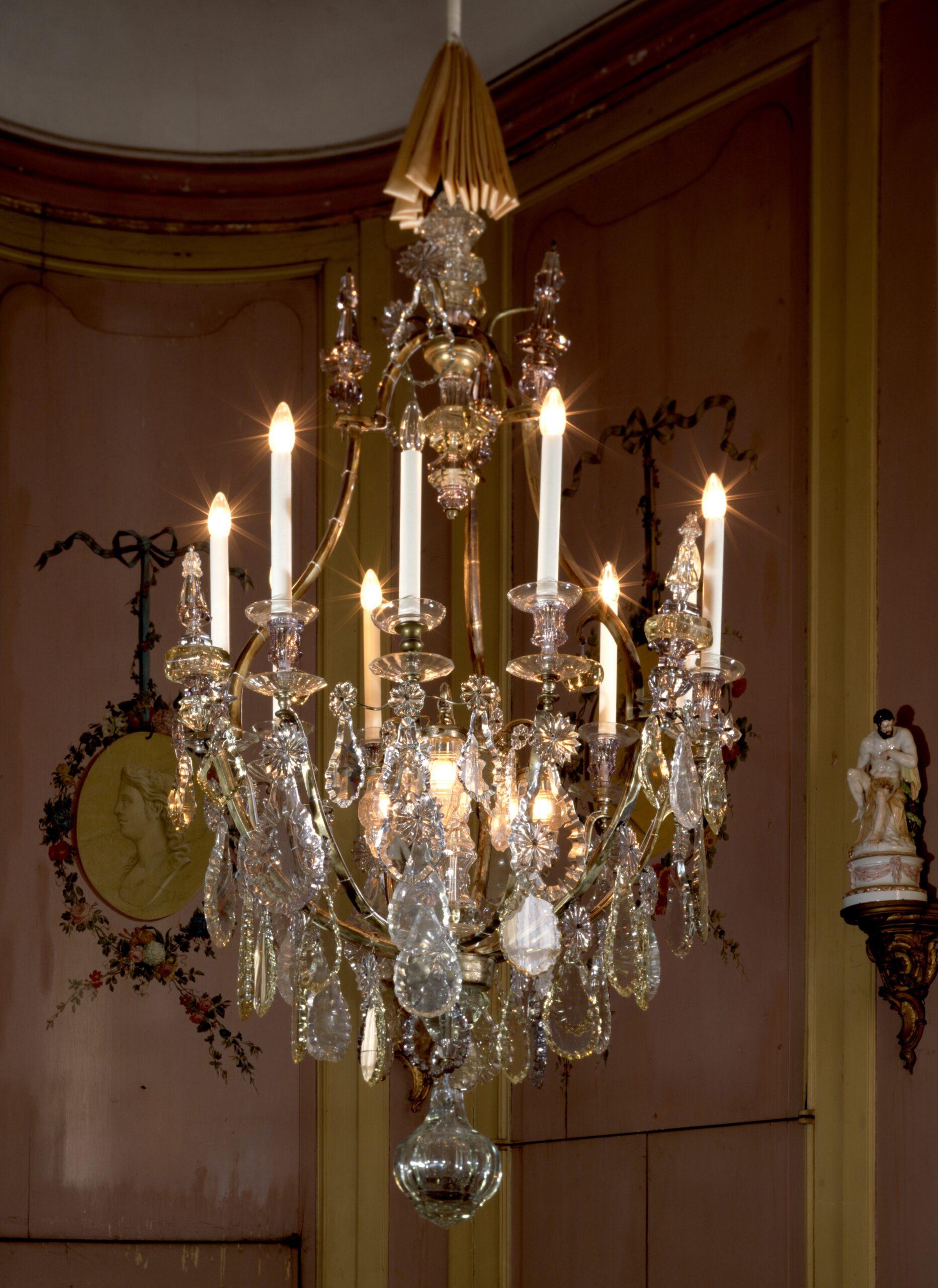 Full Size of Hängelampen Kronleuchter Mit Behang Aus Glas 9 Kerzen Und 3 Hngelampen Wohnzimmer Hängelampen