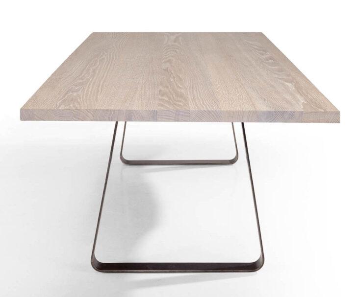 Medium Size of Massivholz Esstisch Design Brutus Tisch Mit Stahluntergestell Shabby Chic Wildeiche 2m Esstische Massiv Bodengleiche Dusche Einbauen Und Stühle Grau Regal Esstische Esstisch Eiche