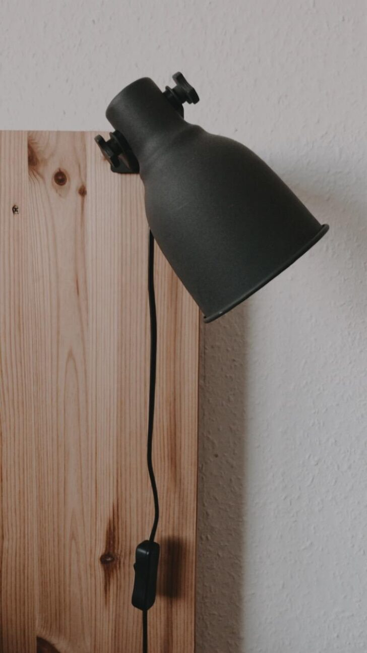 Medium Size of Lampe Schlafzimmer Details Diy Kopfteil Bett Truhe Wohnzimmer Venjakob Esstisch Set Günstig 80x80 Beton Rund Ausziehbar Rustikal Eiche Moderne Esstische Esstische Deckenlampe Esstisch
