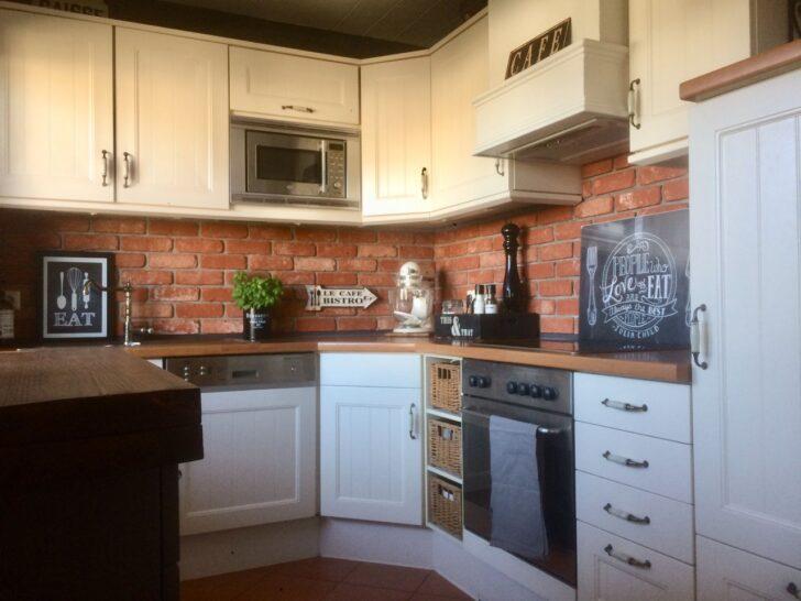 Medium Size of Küchenwand Kchenrckwand Steinoptik Aus Steinverblendern Riemchenwerk Wohnzimmer Küchenwand