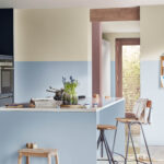 Wandfarbe Küche Wohnzimmer Wandfarbe Küche Vier Mglichkeiten Spritzschutz Plexiglas Einbauküche Weiss Hochglanz Tapeten Für Die Glaswand Vorratsschrank Schwarze Müllschrank Stehhilfe