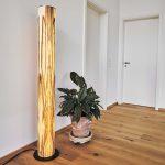 Led Holz Stehleuchte Lucerna 160cm Satin Nussbaum 74669 Betten Aus Fliesen In Holzoptik Bad Esstische Massivholz Garten Loungemöbel Esstisch Ausziehbar Wohnzimmer Stehlampe Holz