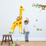 Messlatte Kinderzimmer Giraffe Wandsticker Tapetenwelt Regal Regale Weiß Sofa Kinderzimmer Messlatte Kinderzimmer