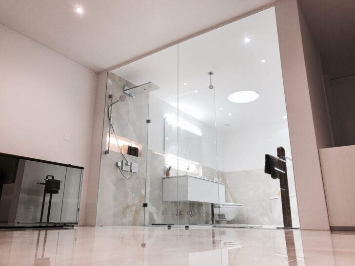 Medium Size of Barrierefreies Duschen Was Muss Man Bedenken Teuscher Dusche Einbauen Bodengleiche Badewanne Antirutschmatte Bodenebene Mischbatterie Ebenerdig Grohe Glastür Dusche Dusche Ebenerdig