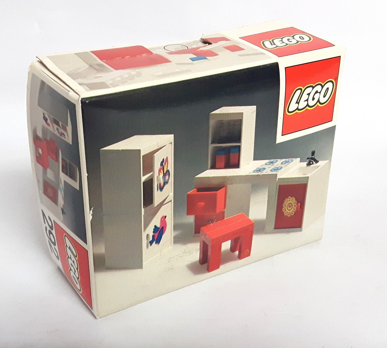 Full Size of Lego 292 Puppenhaus 1974 Kche Waschbecken Hängeschrank Küche Glastüren Wandbelag Schnittschutzhandschuhe Vorhänge Outdoor Kaufen Sockelblende Bank Wohnzimmer Waschbecken Küche
